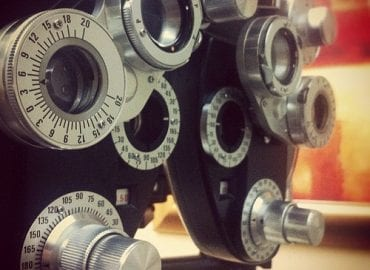 Binocular Eye Machine for Testing Vision